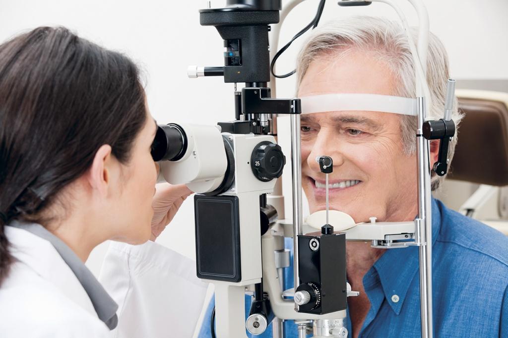 Консультация офтальмолога Платный проктолог
